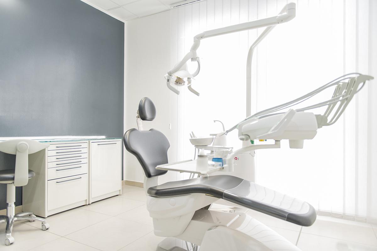 Studio dentistico Delpiano (13 images)